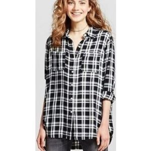 3/$20 Mossimo Boyfriend Fit High Low Flannel Top
